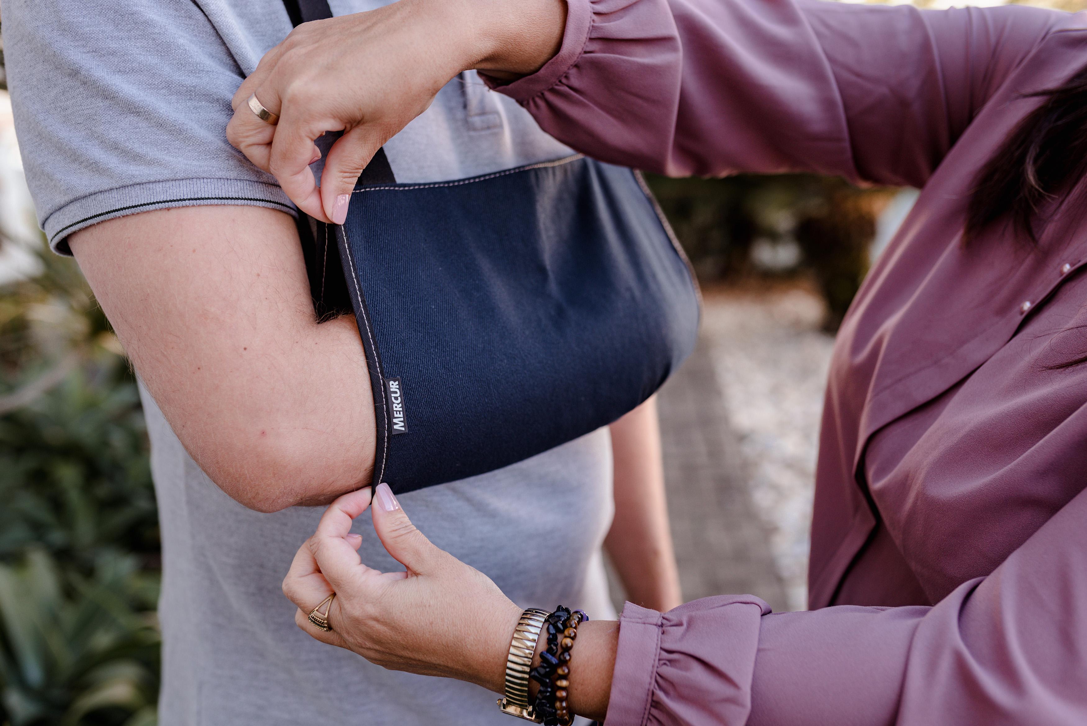 Usando tipoia: cuidados para não prejudicar outras partes do corpo durante a reabilitação